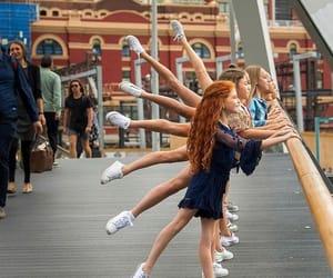 bailarinas, danza, and flexibilidad image