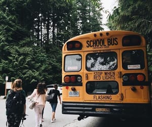 school and trip image