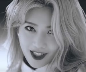 favorite, loona, and kim lip image