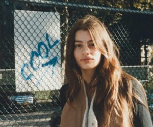 girl and diana silvers image