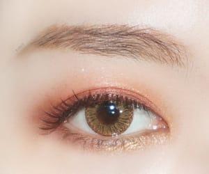 eyeshadow, korean, and makeup image