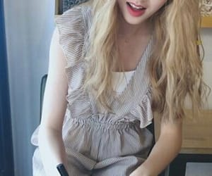 loona gowon kpop image