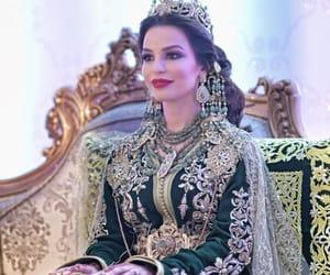 arabic, Queen, and arabic fashion image