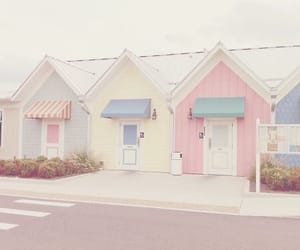 pastel, house, and pink image