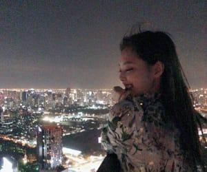 idol, kpop, and jennie kim image