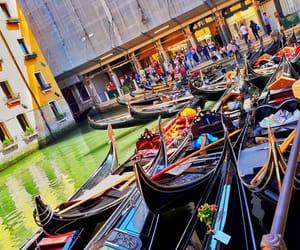 gondola, venice, and velence image
