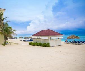 bahamas, luxury resorts, and getaway image