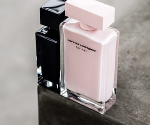 narciso rodriguez and parfumes image