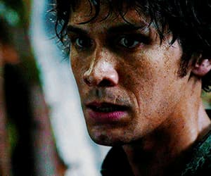 gif, bellamy blake, and marie avgeropoulos image