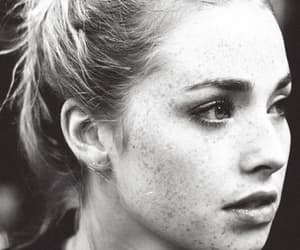 skins, freya mavor, and freckles image