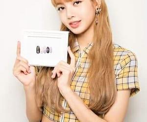 lisa, nail, and oficial image