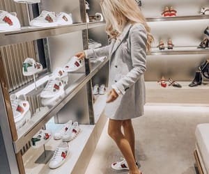luxury, gucci, and luxury shopping image