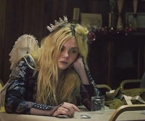 beauty, blonde, and Elle Fanning image