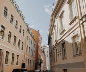 riga and street image