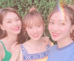 Lucy, sei, and doyeon image