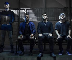 cody carson, set it off band, and set it off image