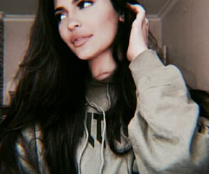 kylie jenner and filtered image