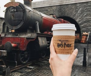 harry potter, hogwarts, and coffe image
