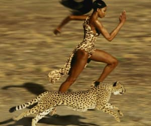 model, Naomi Campbell, and run image