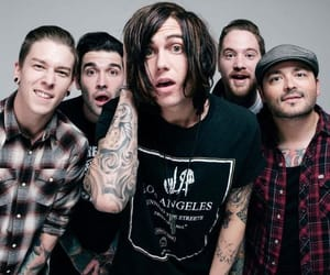 sleeping with sirens, sws, and kellin quinn image