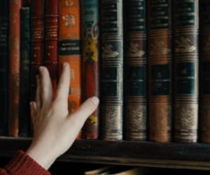 aesthetic, gif, and books image