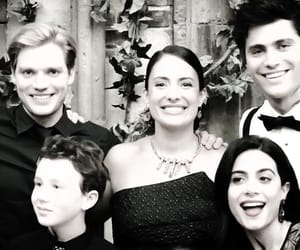 shadowhunters, family, and lightwood image