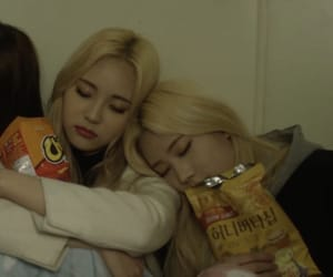 blondes, ulzzang, and kpop lq image