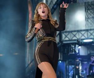 Taylor Swift, reputation tour, and rep tour toronto image