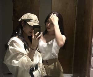 friends, girls, and ulzzang image