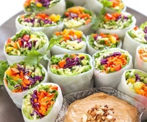 healthy, veggie, and rolls image