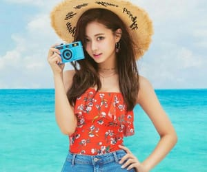 k-pop, twice, and tzuyu image