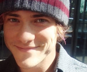 andrew vanwyngarden, smile, and MGMT image
