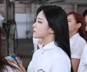 kpop, loona, and hyunjin image