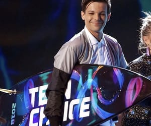 louis tomlinson, teen choice awards, and one direction image