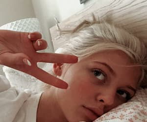 bed, meninas, and white aesthetic image