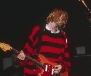 kurt cobain, nirvana, and singer image