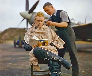 guerra, avión, and hairdresser image