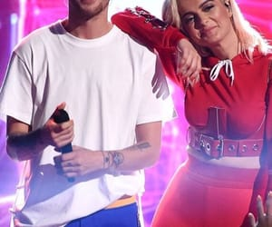teen choice, louis tomilson, and bebe rexha image
