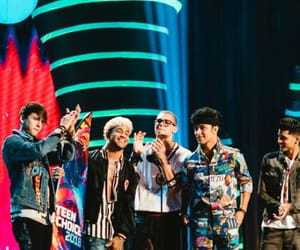 teen choice and cnco image