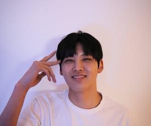 kpop, halo kpop, and inhaeng image