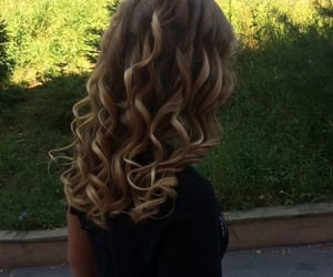 blonde, girl, and naturalhair image