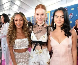 riverdale, girl, and madelaine petsch image