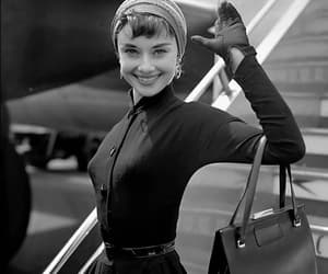 audrey hepburn, classic hollywood, and celebrities image
