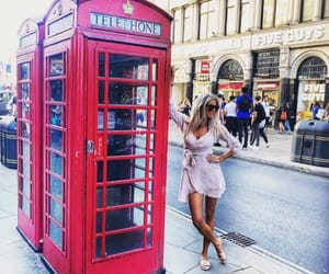 beauty, london, and outfit image
