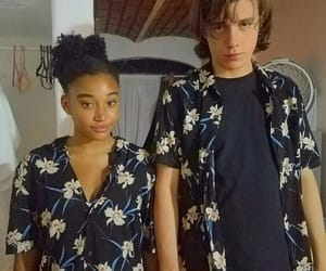 everything everything, nick robinson, and amandla stenberg image