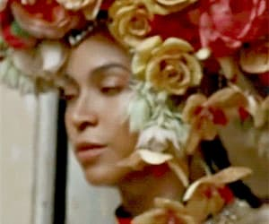 gif, mrs carter, and queenbee image