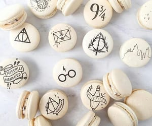 food, harry potter, and hogwarts image