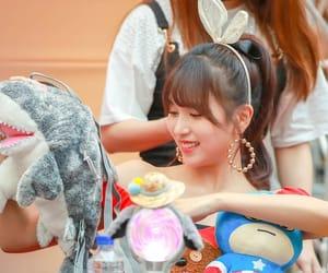 asian girls, hq, and idols image