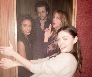 The Originals, phoebe tonkin, and nathan parsons image