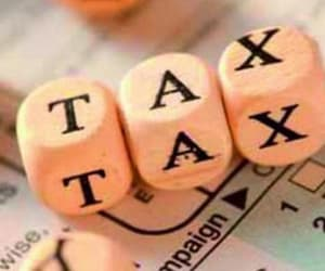 tax preparation services and corporate tax preparation image